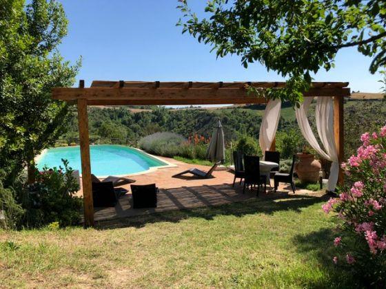 UMBRIA - farmhouse with pool - image 1