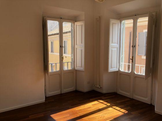 SUPER Bright 2-bedroom flat near Piazza Navona! - image 8
