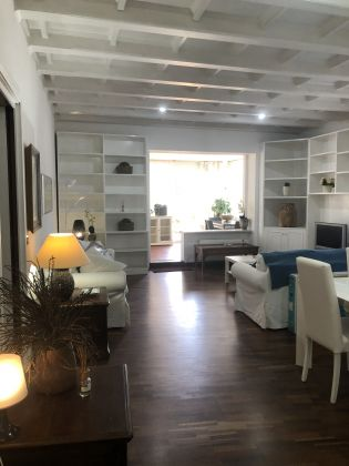 Furnished 3-bedroom flat with TERRACE and community pool and sauna - image 7