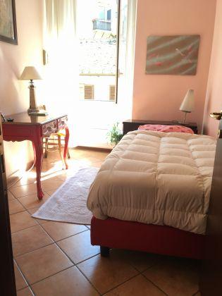 Trastevere rooms for Female - image 1