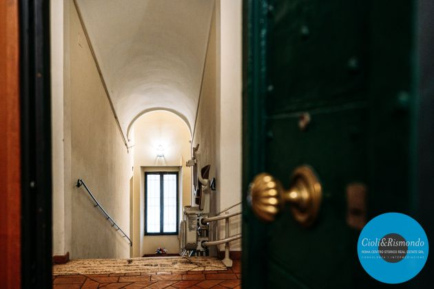 Apartment for sale just few steps from the Pantheon - image 3