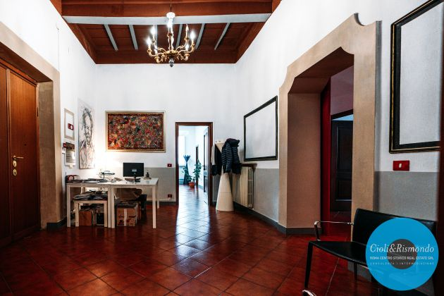 Apartment for sale just few steps from the Pantheon - image 4