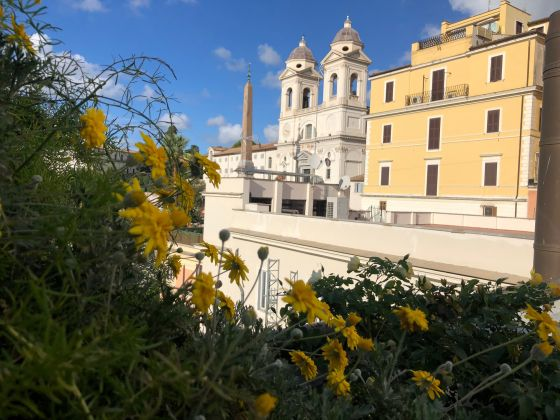 Spanish Steps 1-bedroom flat with SPECTACULAR TERRACE!! - image 1