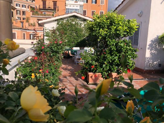 Spanish Steps 1-bedroom flat with SPECTACULAR TERRACE!! - image 3