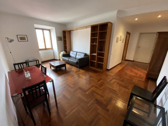 Trastevere - Piazza San Cosimato - 2 bedroom lovely remodeled flat  - Available . - image 1