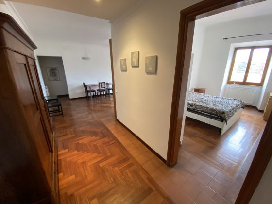 Trastevere - Piazza San Cosimato - 2 bedroom lovely remodeled flat  - Available . - image 5
