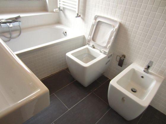 San Saba - 4 bedroom semi-furnished flat for rent - image 12
