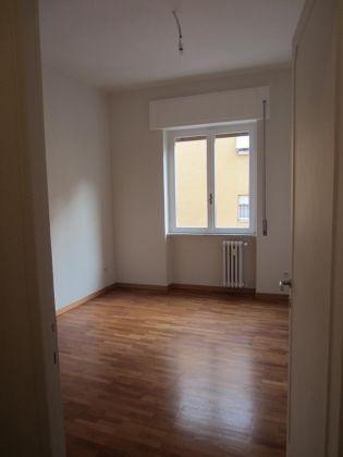 San Saba - 4 bedroom semi-furnished flat for rent - image 8