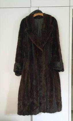 Selling pre-owned Liska Mink Fur - image 4