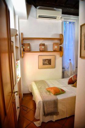 2-bedroom flat - Jewish Ghetto - image 7