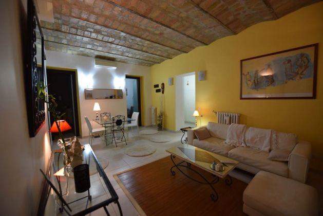 Elegant, 3-bedrrom fully furnished flat - Trastevere - image 1