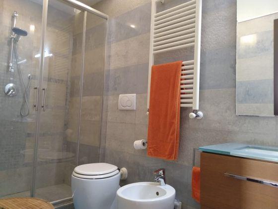 Elegant, 3-bedrrom fully furnished flat - Trastevere - image 10