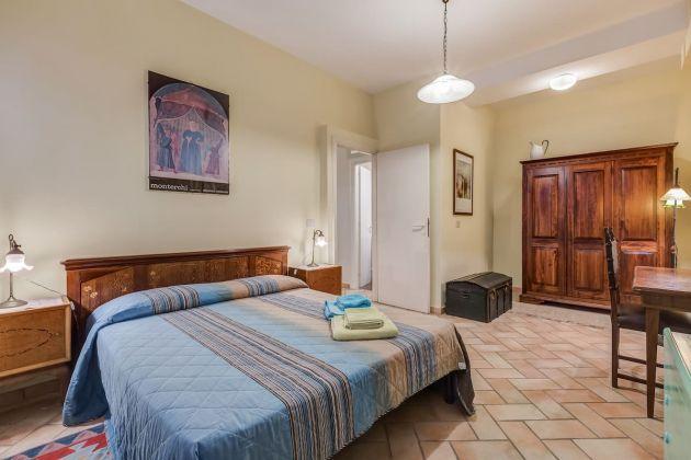 Cozy 2-bedroom furnished flat in Trastevere - image 10