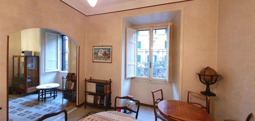 NO AGENCIES Trieste neighborhood Selling Apartment - image 9