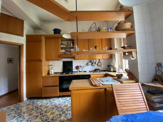 Rome, Italy: Sunny apartment for rent in elegant Parioli area - image 3
