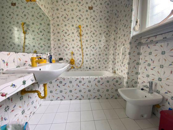 Rome, Italy: Sunny apartment for rent in elegant Parioli area - image 7