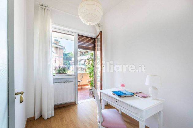 250m2 flat + Terrace with stunning view of St. Peter's Basilica! - image 12