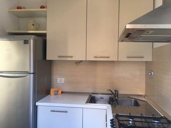 Cozy 1-bedroom flat in Piazza San Cosimato - image 7