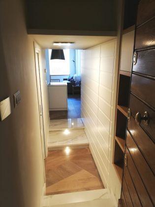Elegant, remodeled 1-bedroom Trastevere - image 10