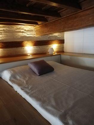 Elegant, remodeled 1-bedroom Trastevere - image 1