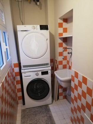 Elegant, remodeled 1-bedroom Trastevere - image 9