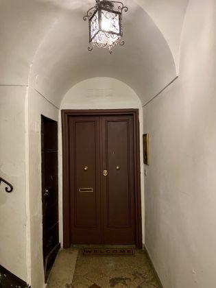 Delicious Mini-Apartment in Monti - image 4