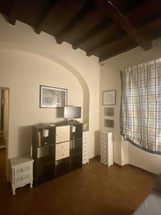 Delicious Mini-Apartment in Monti - image 5
