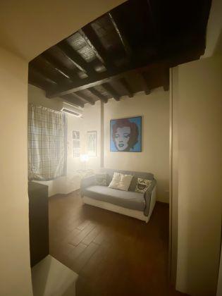 Delicious Mini-Apartment in Monti - image 6