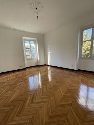 Parioli - amazing 3-bedroom remodeled flat - image 7