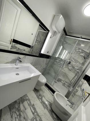 Parioli - amazing 3-bedroom remodeled flat - image 12