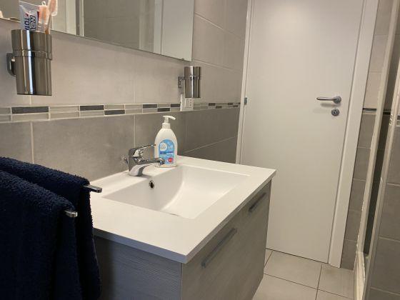 Bright 2 bedroom apartment in Garbatella - image 7