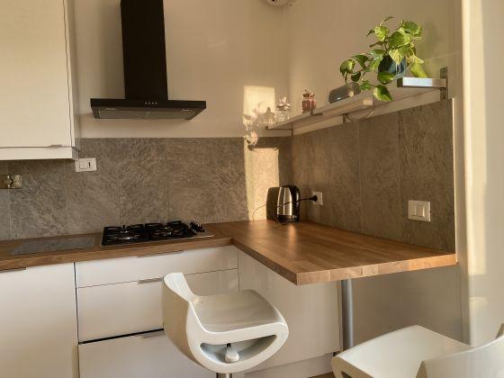 Bright 2 bedroom apartment in Garbatella - image 9