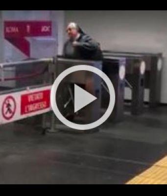 Nun jumps the turnstile in Rome's Metro