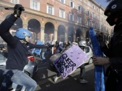 Clashes in Rome during anti-austerity protests