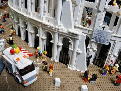 Lego Colosseum on Rome's Pincio