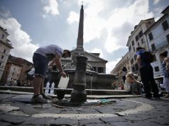 Rome's water crisis turns political