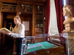Julian Sands at Keats Shelley House