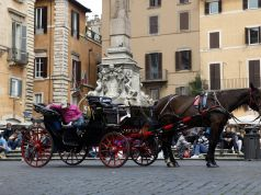 Rome's horse-drawn carriages move to city parks