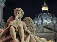 Vatican unveils giant Nativity scene made of sand