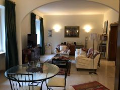 Parioli - very bright remodeled flat (200m2) with terrace & garage