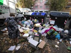 Doctors say Rome trash a health hazard