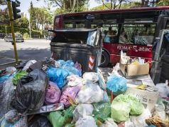 Rome's rubbish burns in heatwave