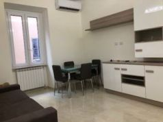 Trastevere, 1-bedroom remodeled flat - Available