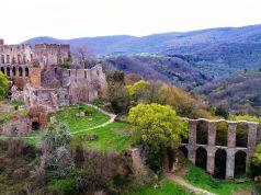 Canale Monterano: deserted village near Rome