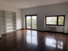 Flaminio - Bright 3-bedroom flat