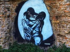 Rome street artist defaces Roman aqueduct