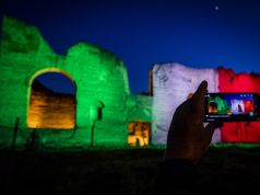 Coronavirus in Italy: Baths of Caracalla lit with colours of Italian flag