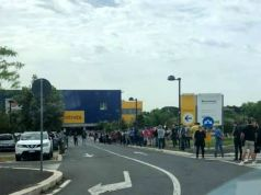 Rome: Ikea reopens after lockdown, mega queue