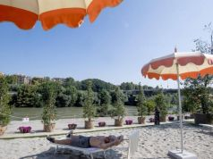 Rome's riverside beach Tiberis returns for third year