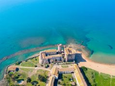 TripAdvisor: Beachside castle near Rome among world's best attractions
